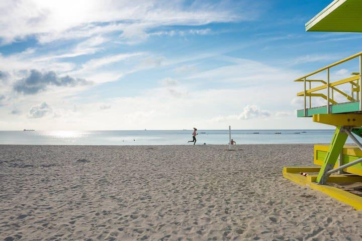 Miami Beach Getaway Plus Breakfast
