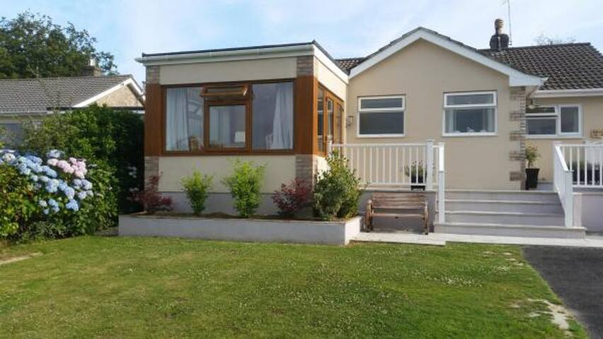 Seaclusion - A Seaside Holiday Home