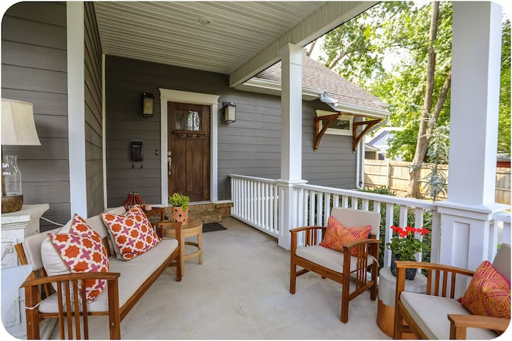 Pull up a chair and relax, rain or shine.  Seating for 6. Two additional outdoor living spaces.