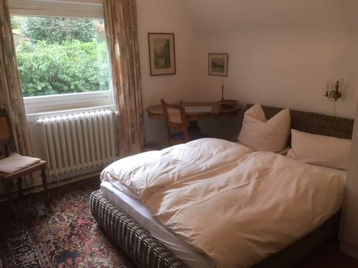 Gemütliches kleines Einzel/Doppelzimmer