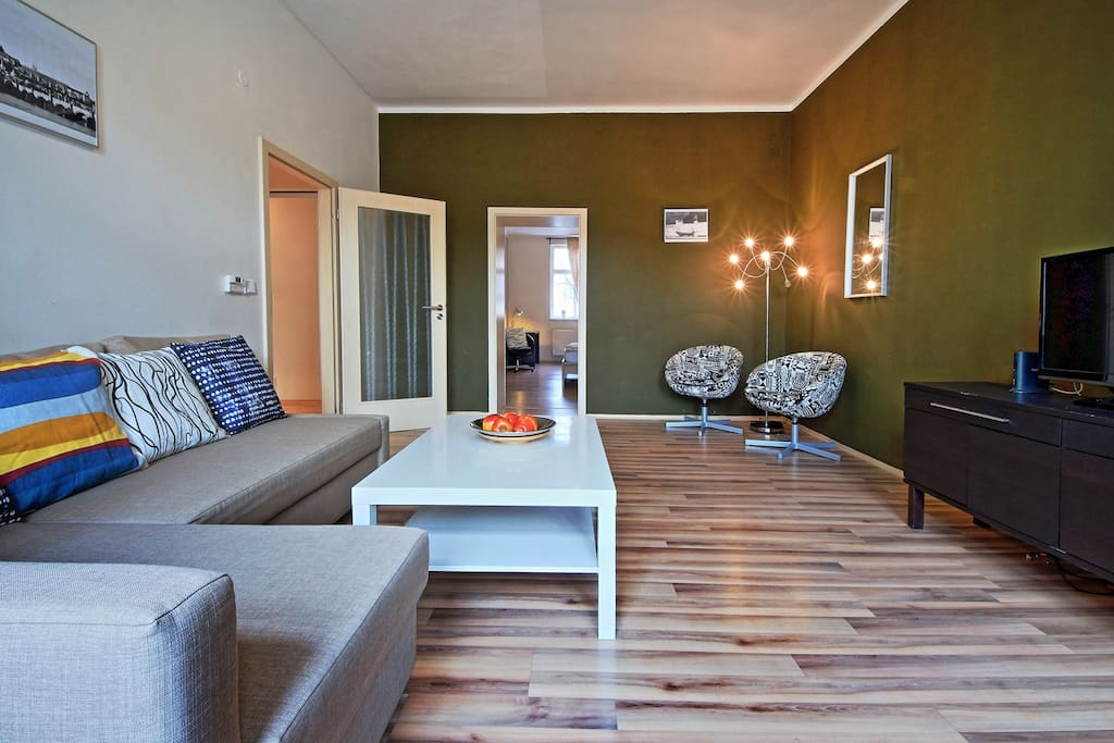 spacious and cosy apartment no. 6