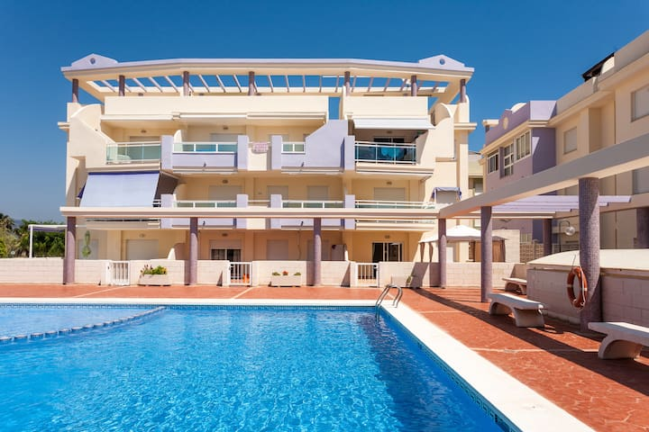 3 bedroom apartment on the beach of Xeraco.