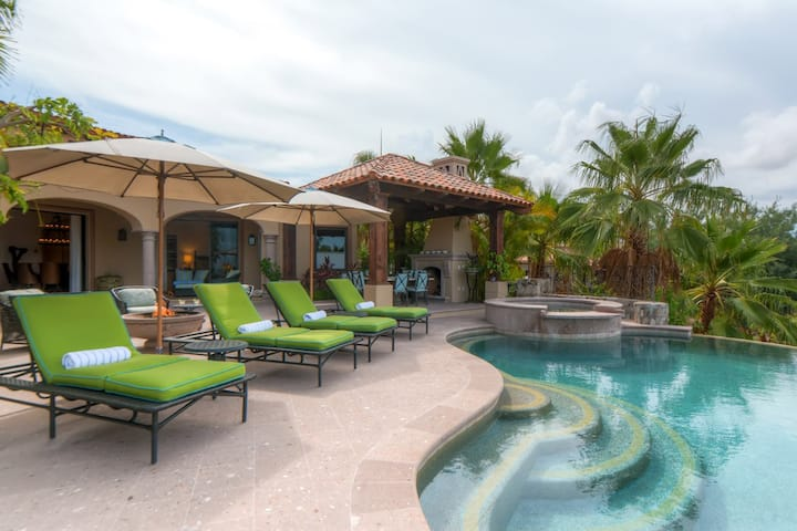 Stunning Palmilla Private Estate