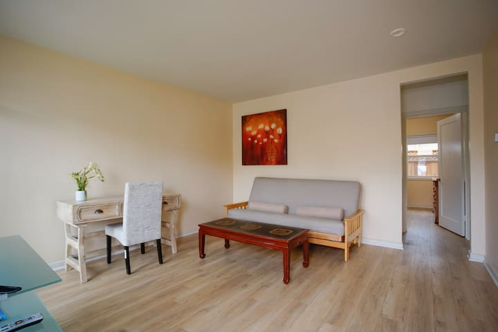 Cozy 1B apt Near Stanford/downtown - Redwood City - Apartamento