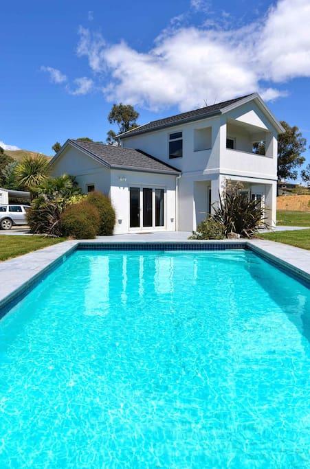 The rise villa houses for rent in blenheim marlborough - Seymour johnson afb swimming pool ...