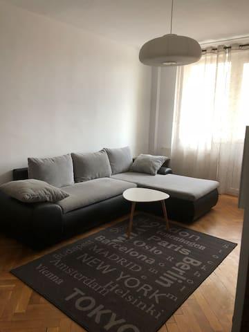 Central Apartment ULTRACENTRAL MODERN APARTAMENT !