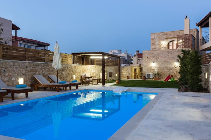 Ani Villa, a rustic country style living!
