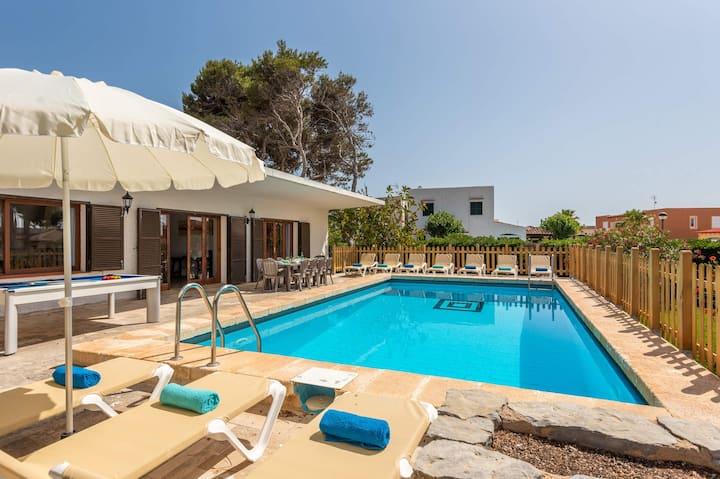 Es Pins 5 bedroom villa, Cala Blanca