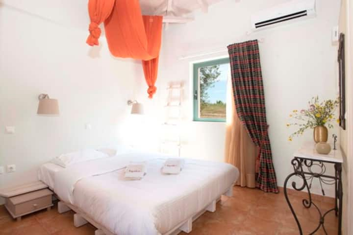 Guesthouses Chamaloni in Finikounda