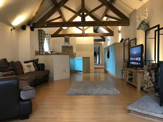 Attractive barn-conversion near Ludlow