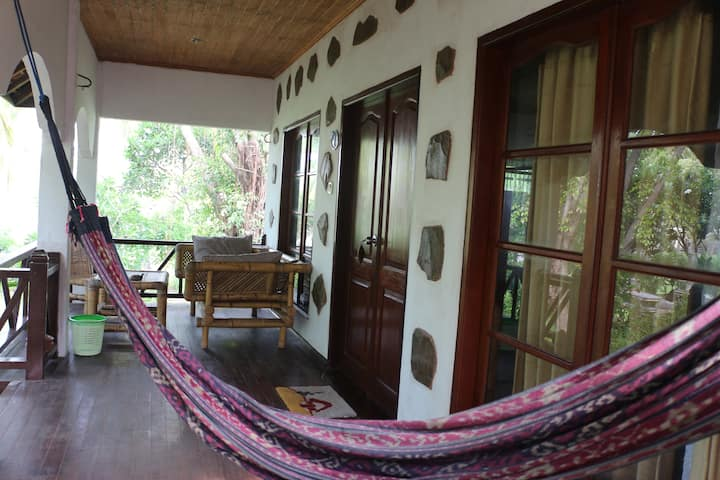 Jepun Cottages Gili Air With Balcony 01