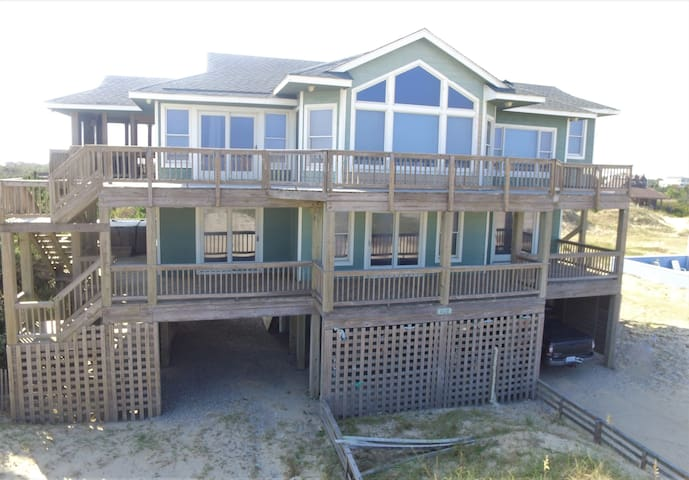 Amazing Beach and Ocean Views in this 5 BR house in Swan Beach. 4x4 Required!