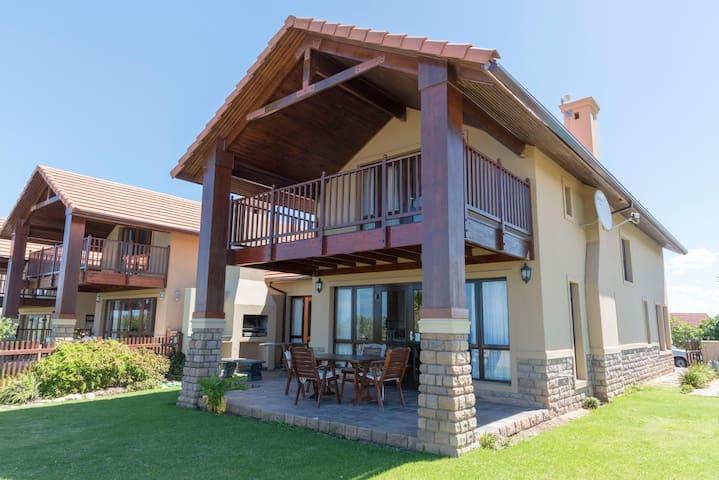 Pezula Golf Estate-Knysna-  Villa 1