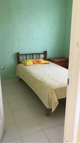 Departamentos cómodos y seguros - Centro - Lägenhet