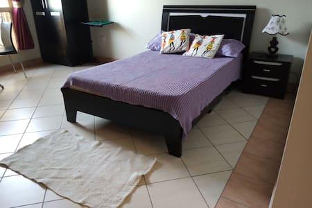 Very nice studio in barwa city 10 min from airport