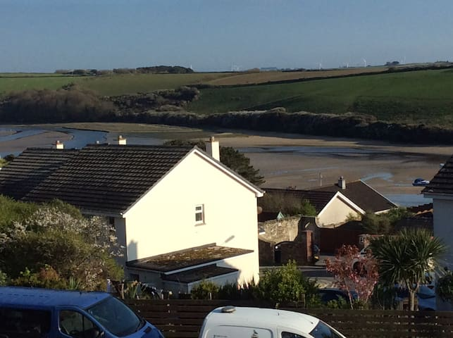 CLOSE TO FISTRAL SURFING BEACH AND GANNEL RIVER - Newquay - Hus