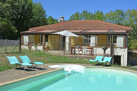 Spacious Villa in Saint-Marsal with Swimming Pool