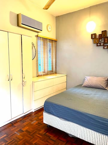 Room for two persons - Putra Apartment Setiawangsa