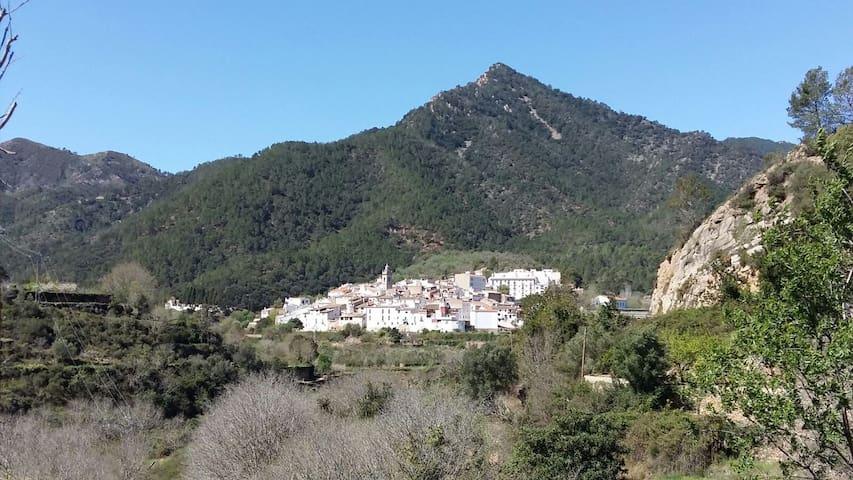 Casa en Sierra Espadán - Aín - Dom