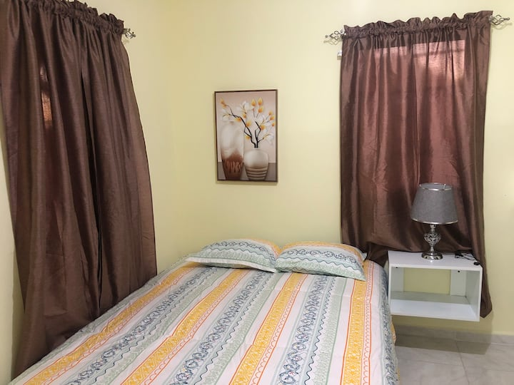 Romana Downtown - Mini Estudio Dormitorio con baño