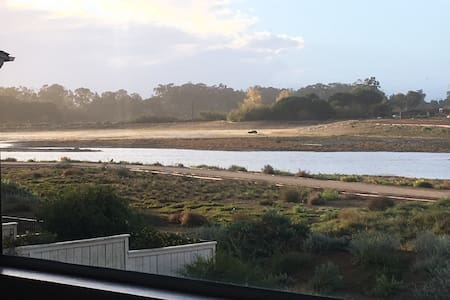 Water Views from Sunny 2 br Condo on Preserve