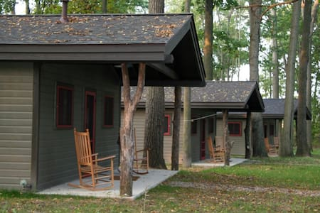 Camp Woodbury Cabin 3 - Dexter - Blockhütte