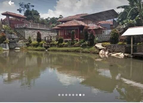 Villa Mamih Cimaung Banjaran Bandung