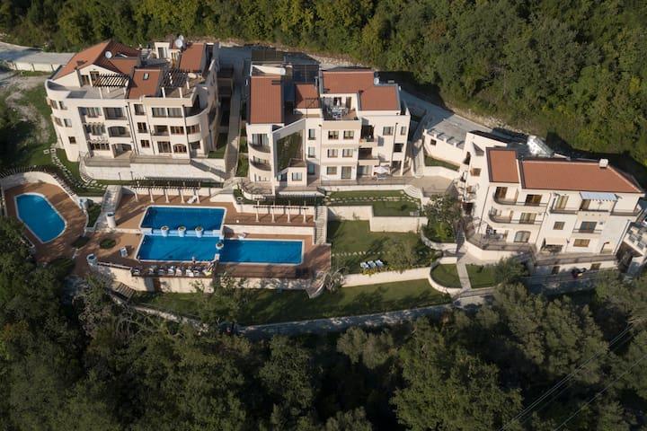 Complex Adria Montenegro, loft