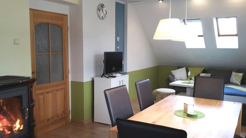 Charmantes Apartment mit Seesicht, see/zentrumsnah