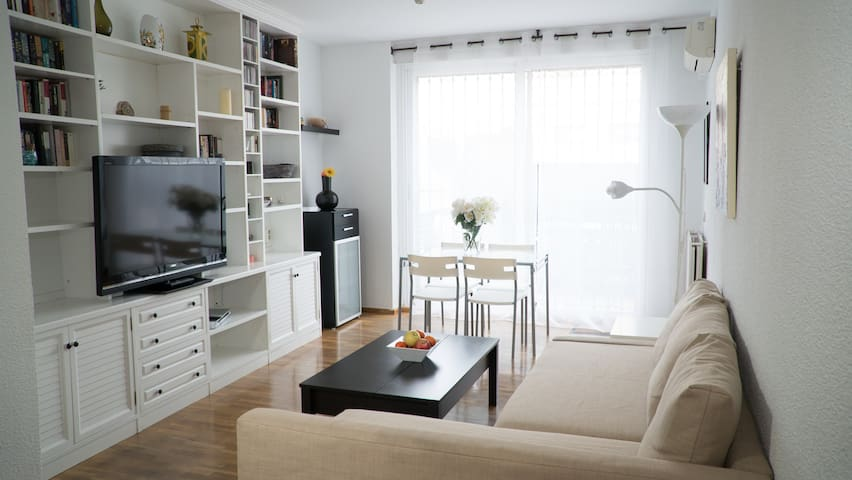 Comfortable, downtown, terrace.WIFI - Madrid - Apartemen
