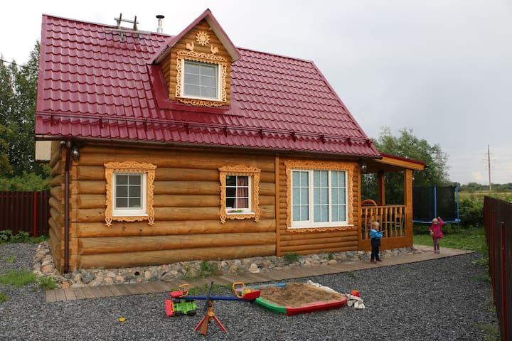Гостевой дом на озере - Lyubovskoye - Casa