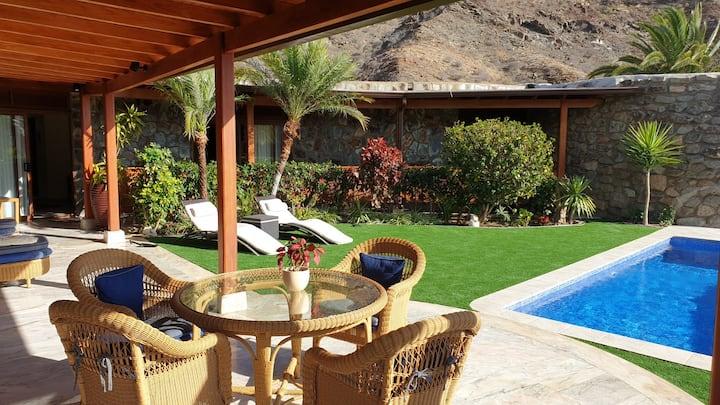 Villa de luxe - piscine -calme cadre exceptionnel