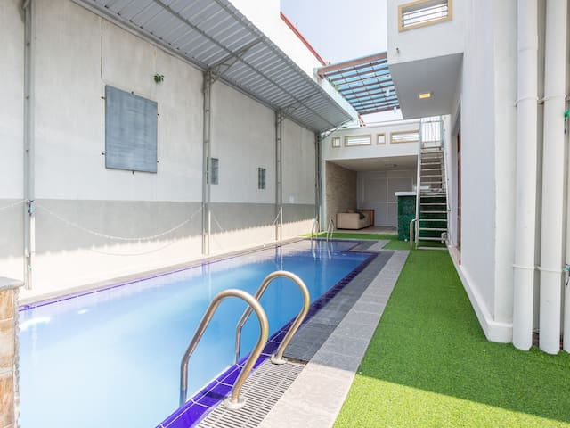 Chillout stay with Pool view