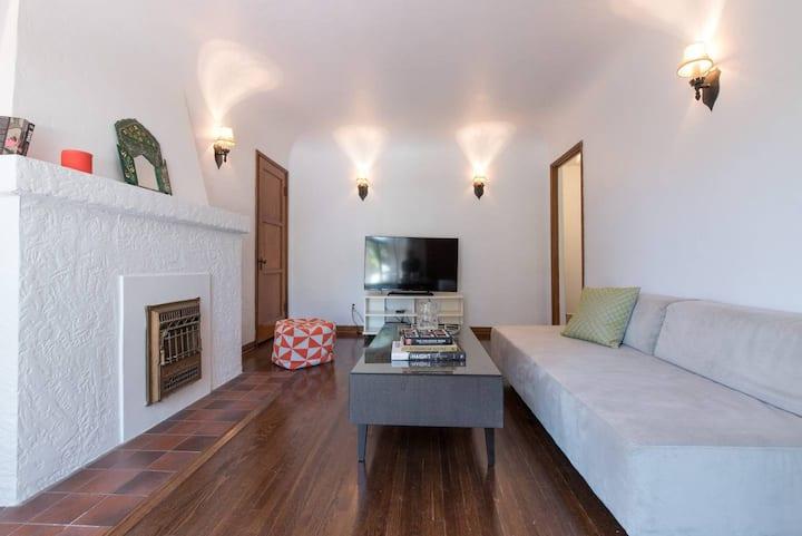 Charming Silverlake Spanish Duplex Apartment