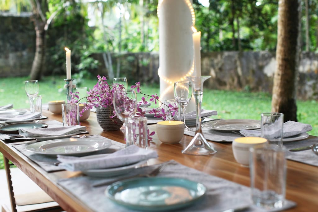 Stylish table decorations for special occasions.