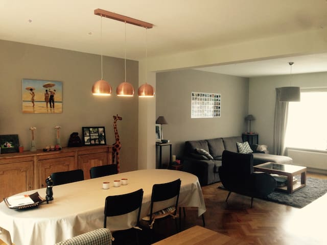 Rixensart - Beautiful house with private parking - Rixensart