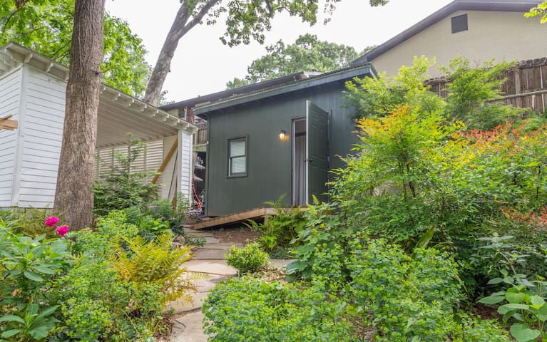 Your Tiny Garden Home in Candler Park