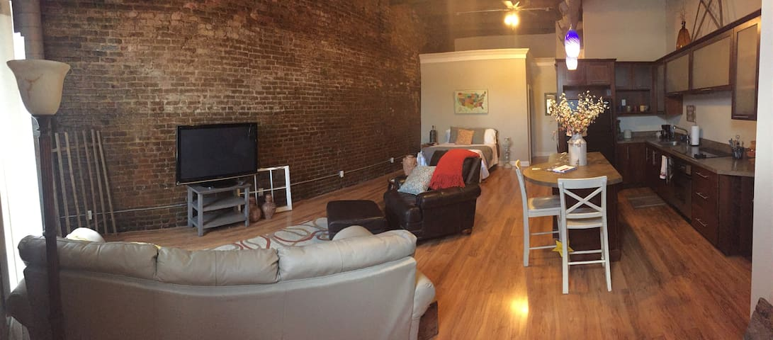 Cookeville Downtown Loft - Cookeville - Loft