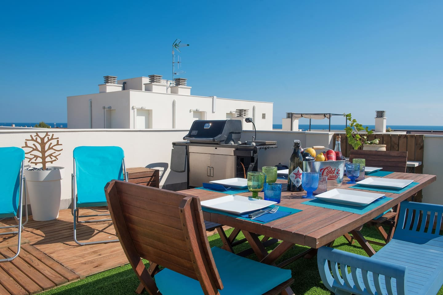 TERRAZA ATICO PRIVADA PRIVATE ROOF TERRACE PRIVATE DACHTERRASSE