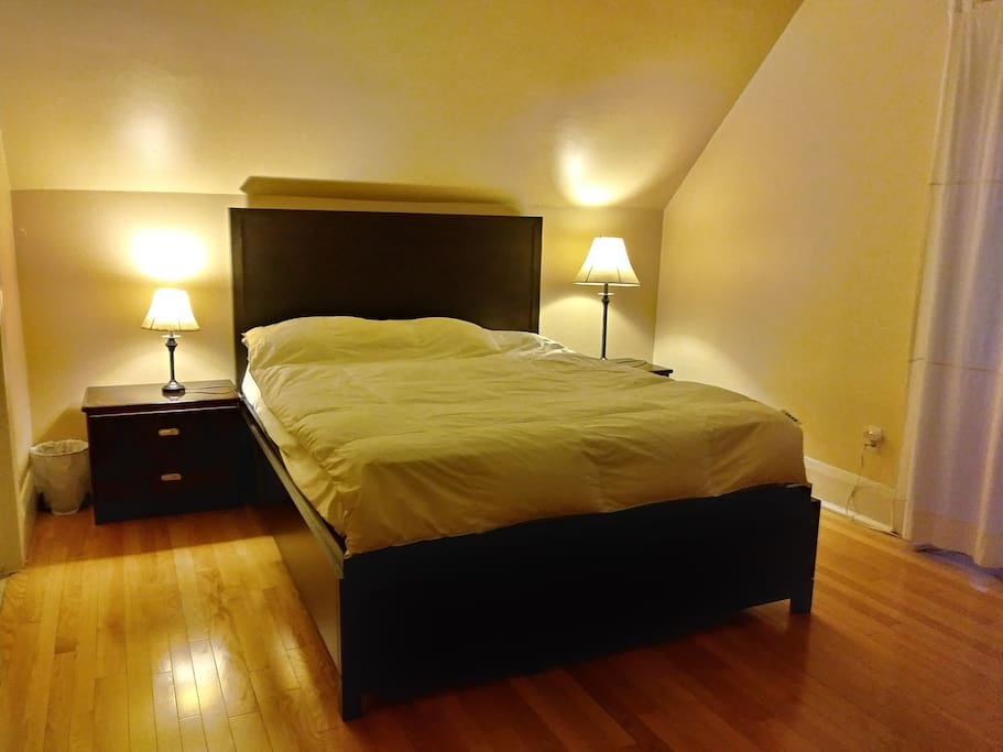 Queen size bed with private washroom