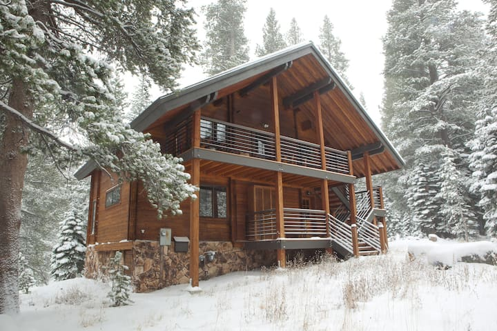 Kirkwood beautiful log cabin - Kirkwood - Hus