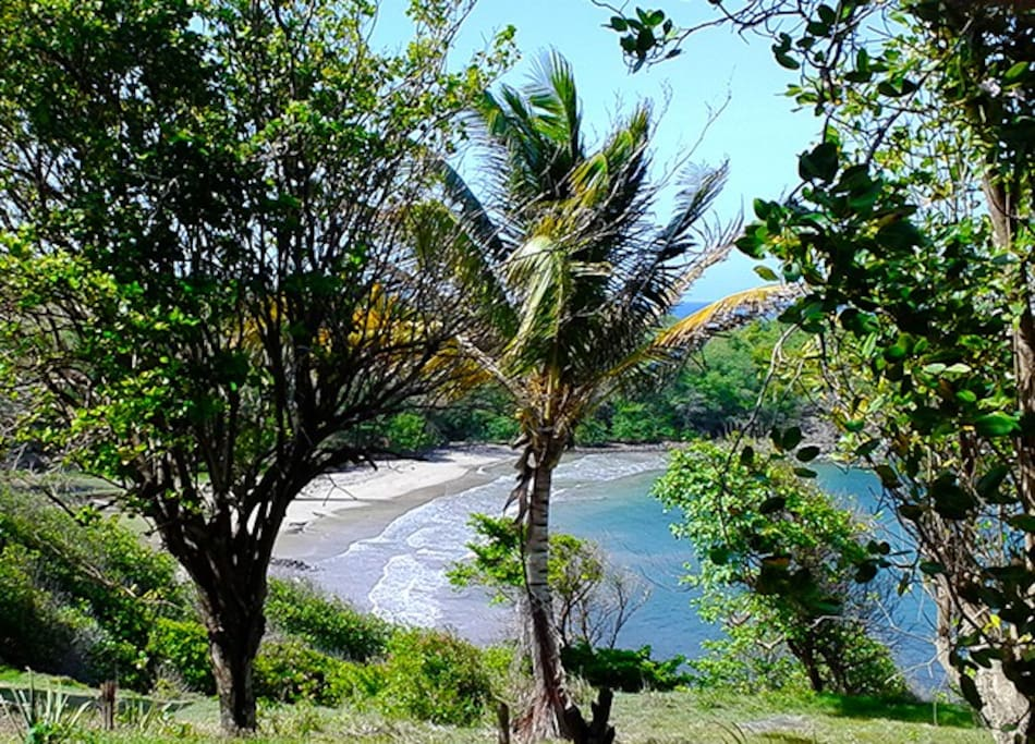 LaTante Beach - at the edge of the property - almost always secluded -perfect for a swim