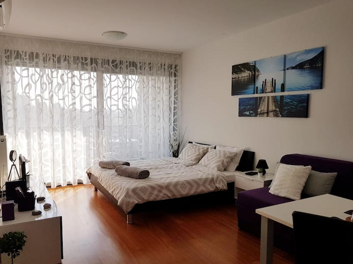 Studio apartment White jasmin