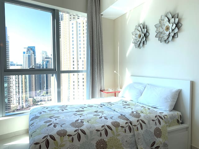 Studio close to beach JBR#Bcs23 , with parking.