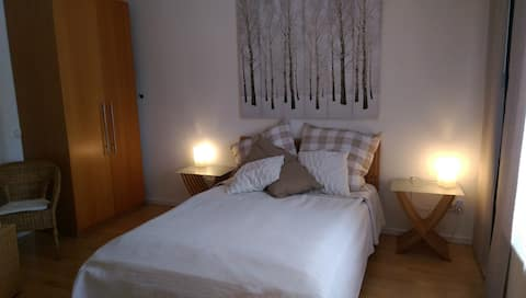 Appartement Krefeld-Süd, ruhige Lage, messenah