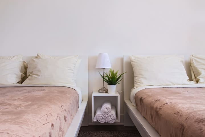 Affordable pr//room btw SantaMonica/Venice/Beverly