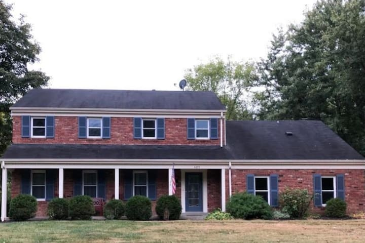 Quiet, Clean, Fully Furnished  5 Bedroom House