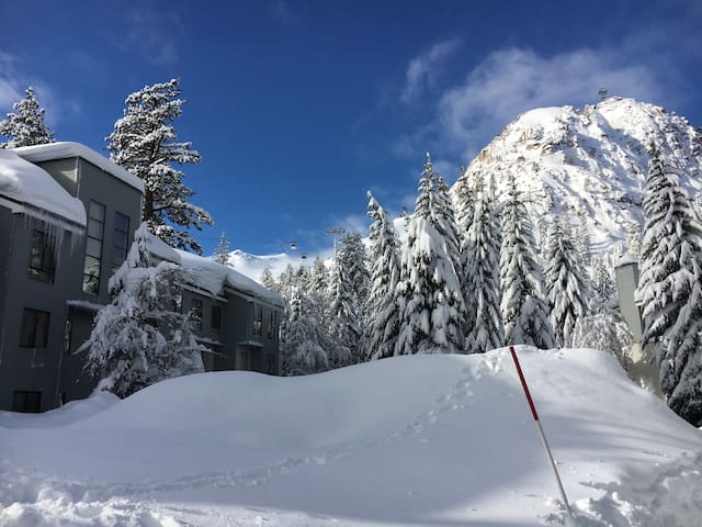 Squaw Valley, Lodge2B,Resort, village,ski in/out.