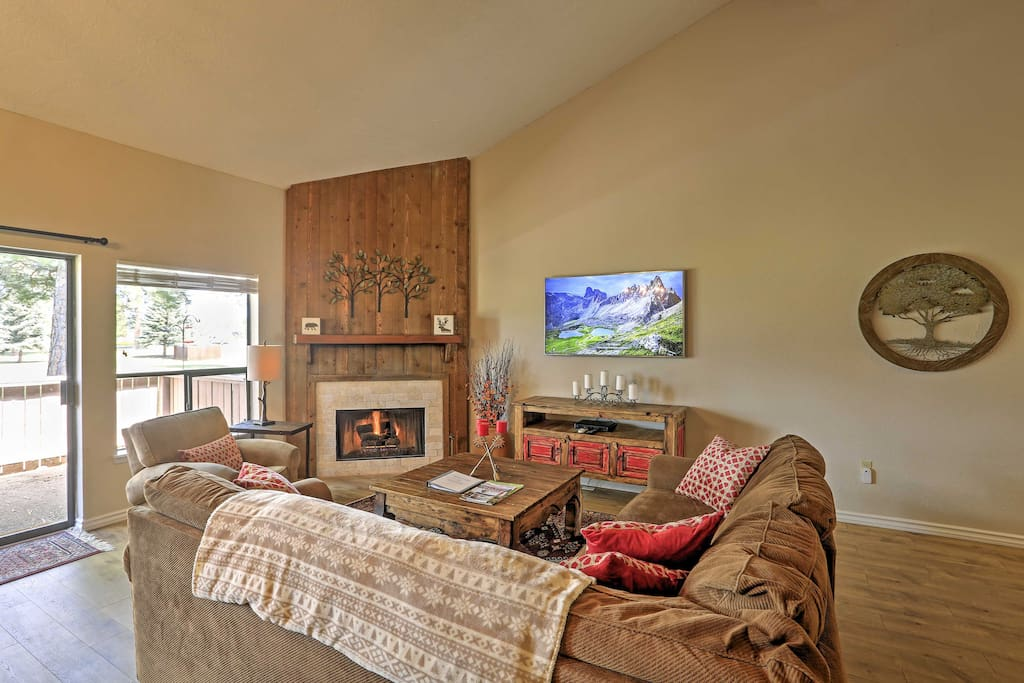 The comfortable furnishings and gas fireplace make the space feel just like home!