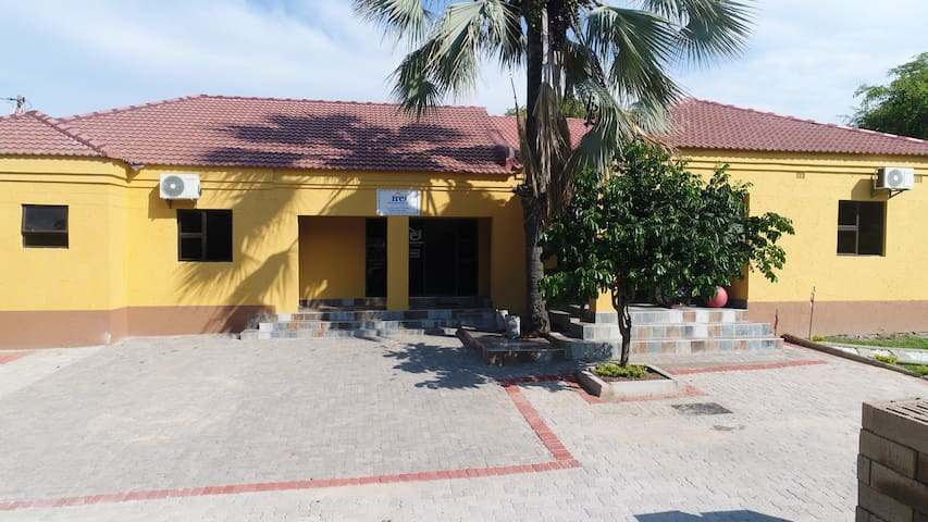 Maun Executive Inn